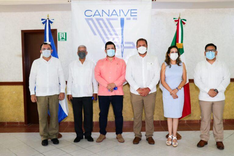 Canaive Delegación Yucatán, recibe al módulo móvil del Consulado General de Honduras