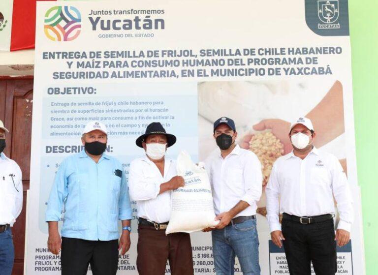 El Gobernador Mauricio Vila Dosal sigue entregando apoyos a productores y familias del campo yucateco